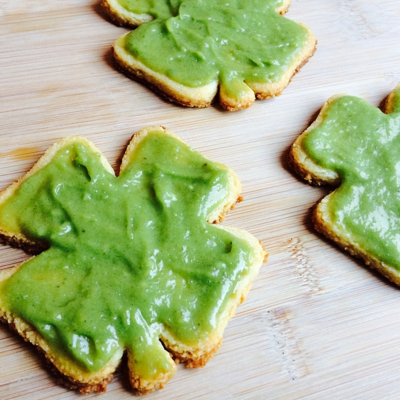 Low-Carb Sugar Cookies that are perfect for St. Patrick's Day! (Vegan + Sugar-Free + Gluten-Free)