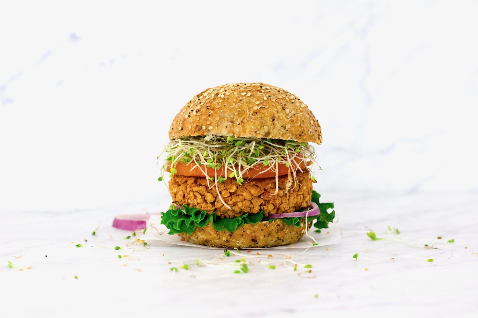 Easy Chipotle Pinto Bean Veggie Burgers (Vegan, Gluten-Free, Low-Fat, Oil-Free)