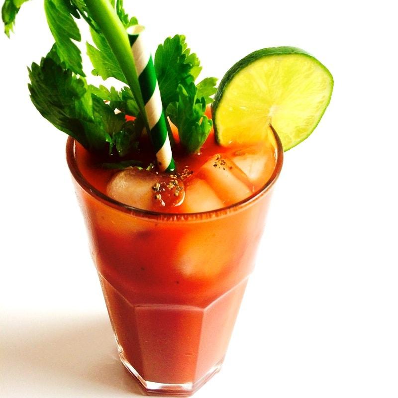 Skinny Bloody Mary (Vegan, Gluten-Free, Low-Calorie)