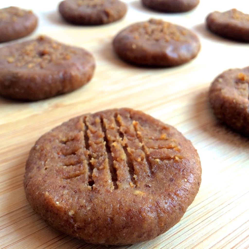 You will love these No-Bake Peanut Butter Cookies that are made with only 4 simple ingredients! They're vegan, gluten-free, dairy-free, and contain no sugar added. Super easy to make, too!