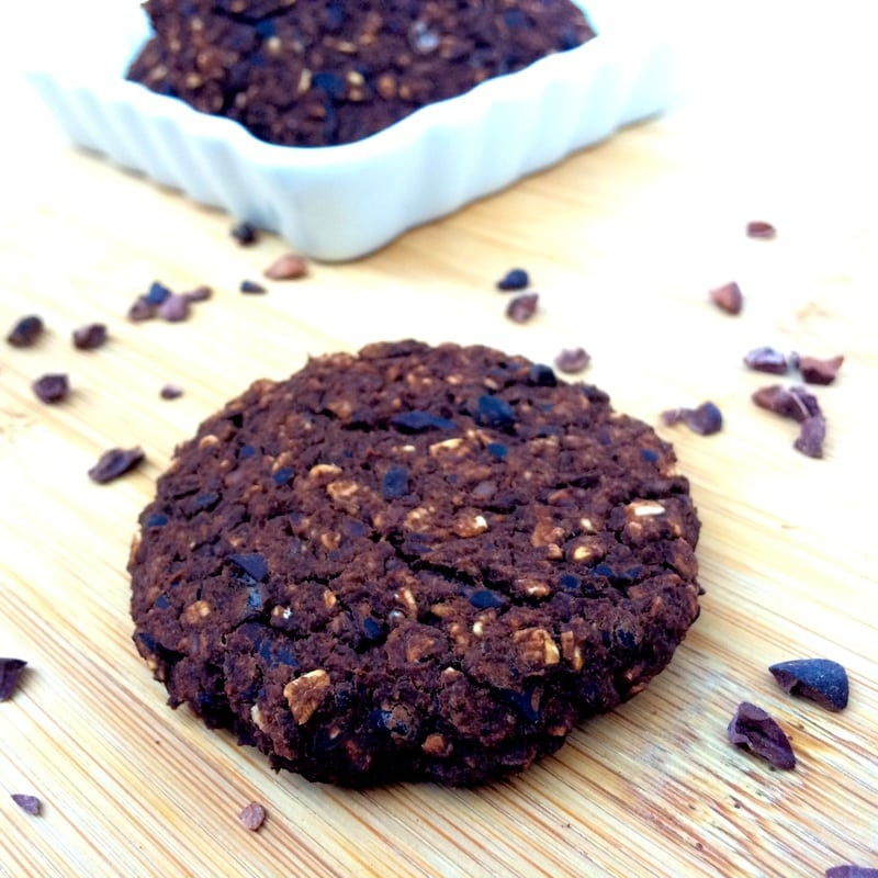 5 Ingredient Chocolate Oat Cookies (Vegan, Gluten-Free, Oil-Free, Low-Fat, Sugar-Free)