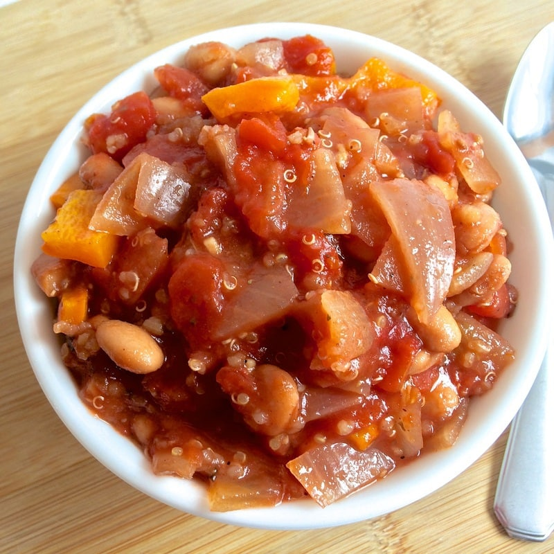 vegetarian chili, healthy chili, easy chili, vegan chili, bean chili, gluten-free chili, simple chili, low-fat chili