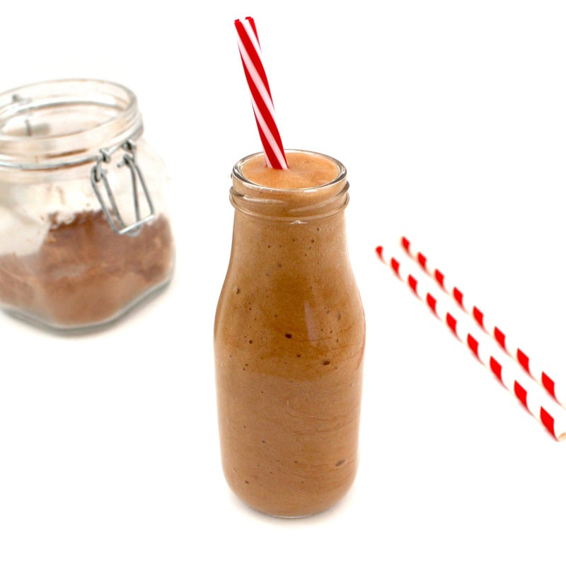 Skinny Mocha Frappuccino! Only 35 calories! #vegan #glutenfree #lowcalorie #coffee | VegAnnie.com