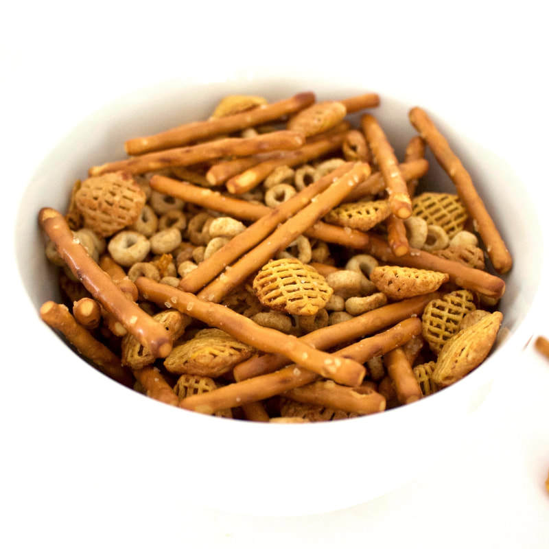 Skinn Chex Mix (Oil-Free, Vegan, Gluten-Free, Low-Calorie)