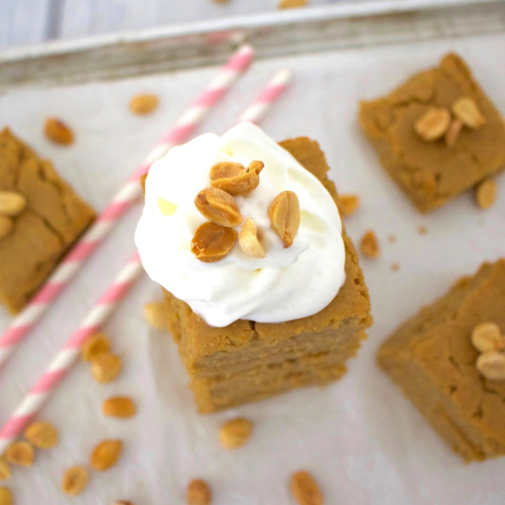 Peanut Butter Cake Bars (Sugar-Free, Low-Carb, Vegan, Gluten-Free, Low-Calorie)