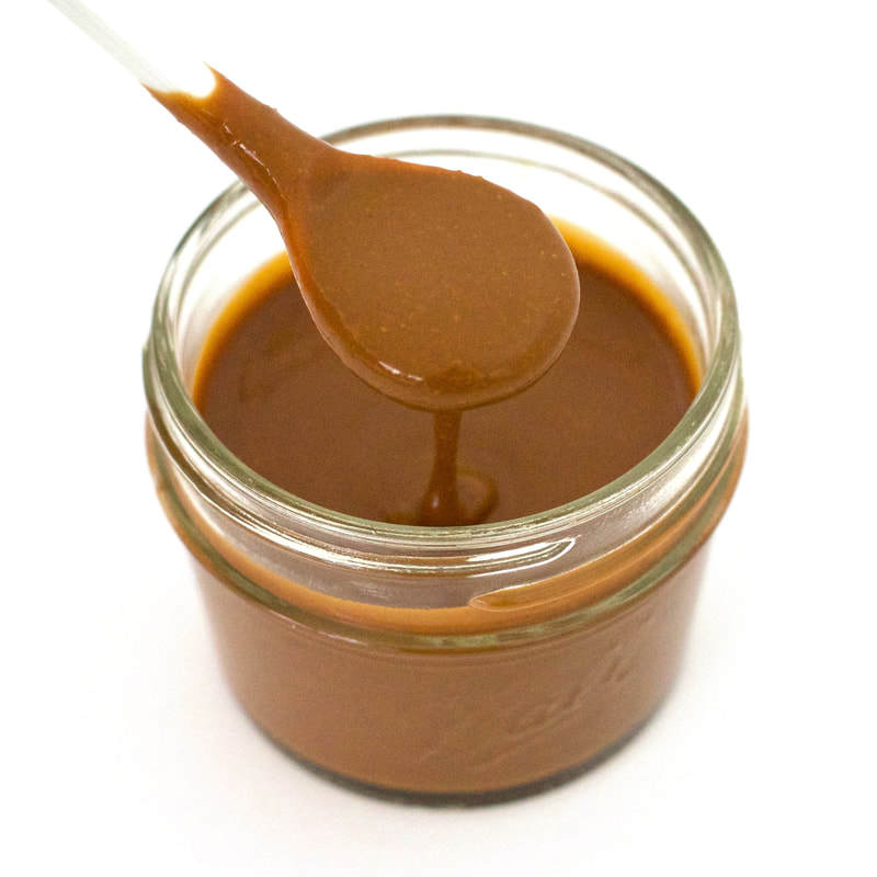 This low-calorie, Skinny Peanut Sauce is totally delicious! It's also vegan, gluten-free, sugar-free, and low-carb. Only 18 calories per serving! Made with 6 simple ingredients and ready in 2 minutes.