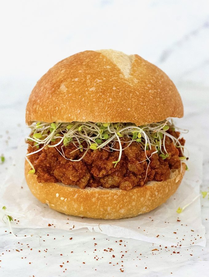 These Vegan Sloppy Joes are AMAZING! They taste just like the real thing. Totally healthy and delicious - vegan, gluten-free, low-fat, low-carb, keto & vegetarian.