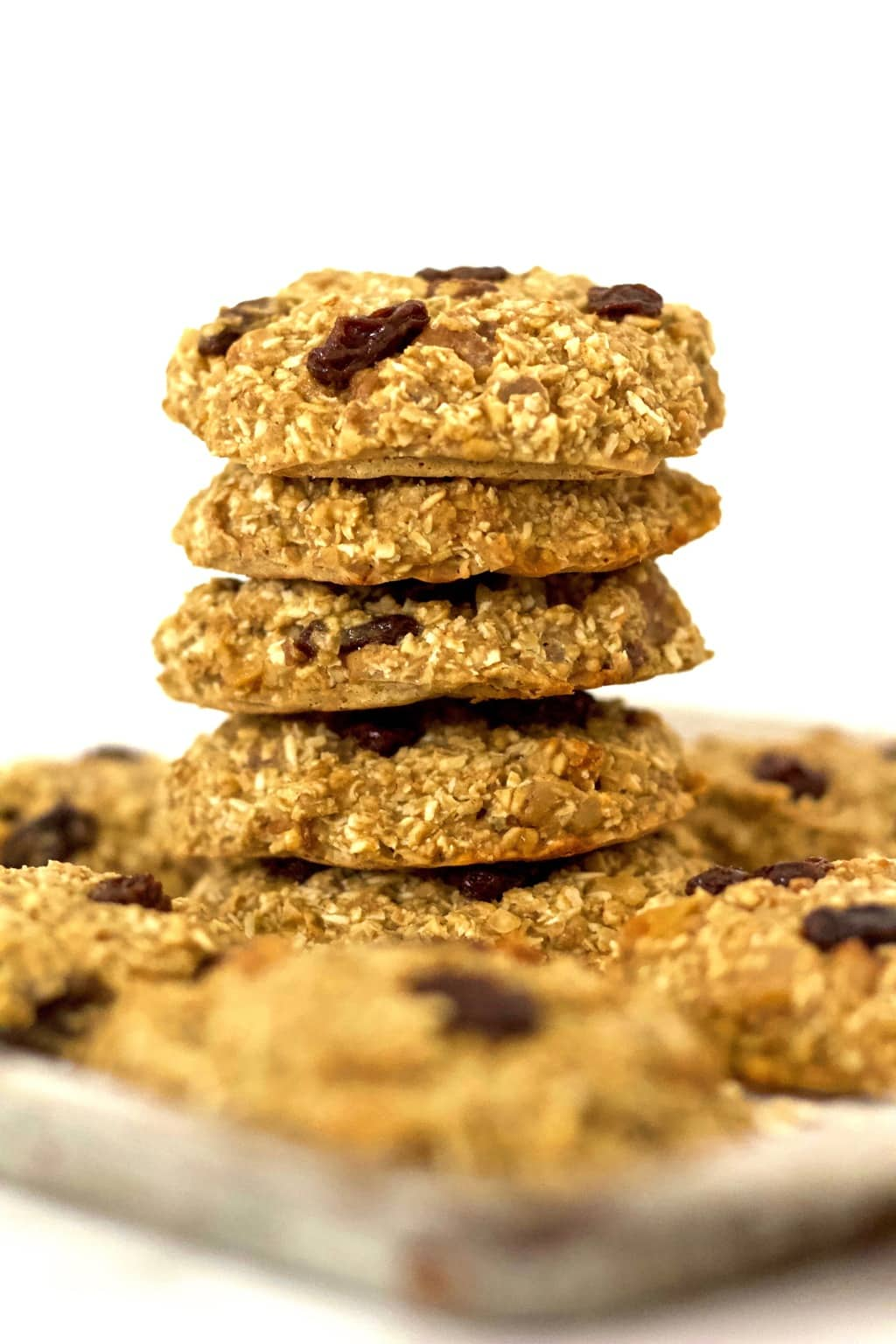 Healthy & delicious Vegan Trail Mix Cookies that are made with amazing, wholesome ingredients. They are gluten-free, low-carb, dairy-free, oil-free & made with no added sugar. The perfect dessert or snack!